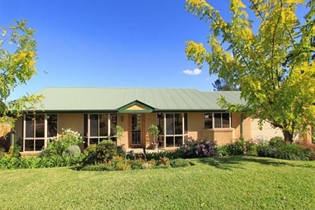 For Sale By Owner Review: John Bradd - Cordeaux Heights, NSW
